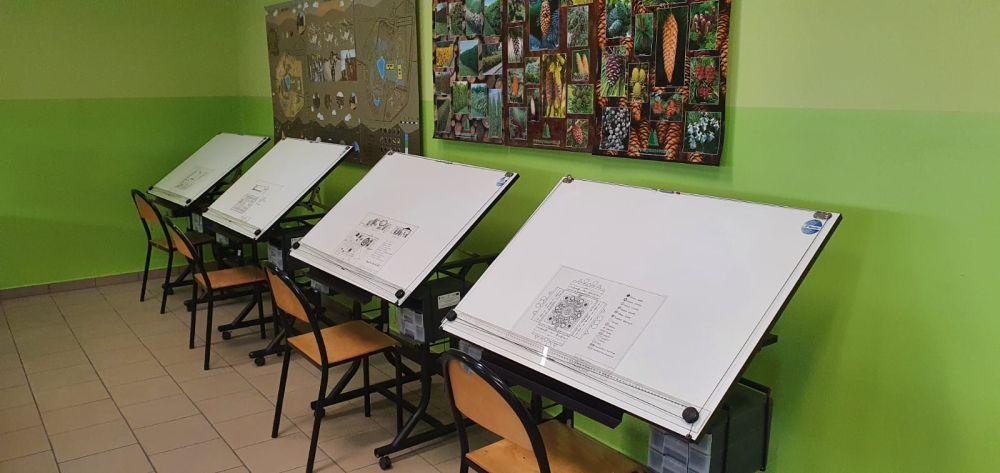 Uczniowie realizują swój projekt w czasie wolnym. Starają się pogodzić to wyzwanie z przygotowaniami do matury, do której większość z nich przystąpi w tym roku.